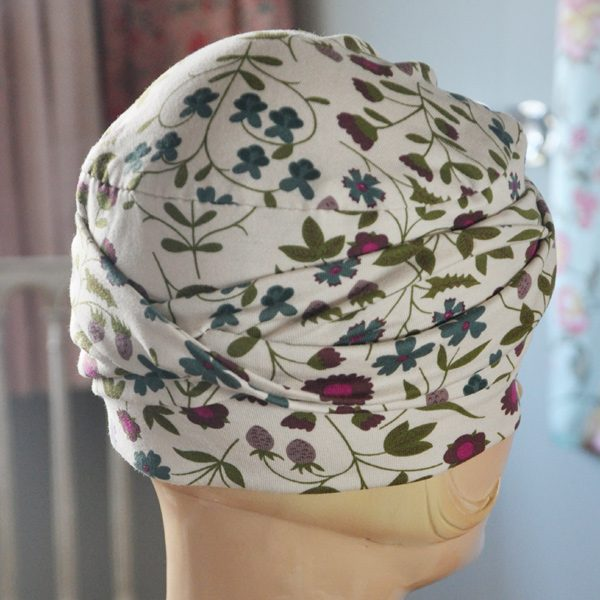 Hat for cancer patients in bamboo fabric